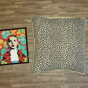 ❤ 16x16 Leopard Throw Pillow